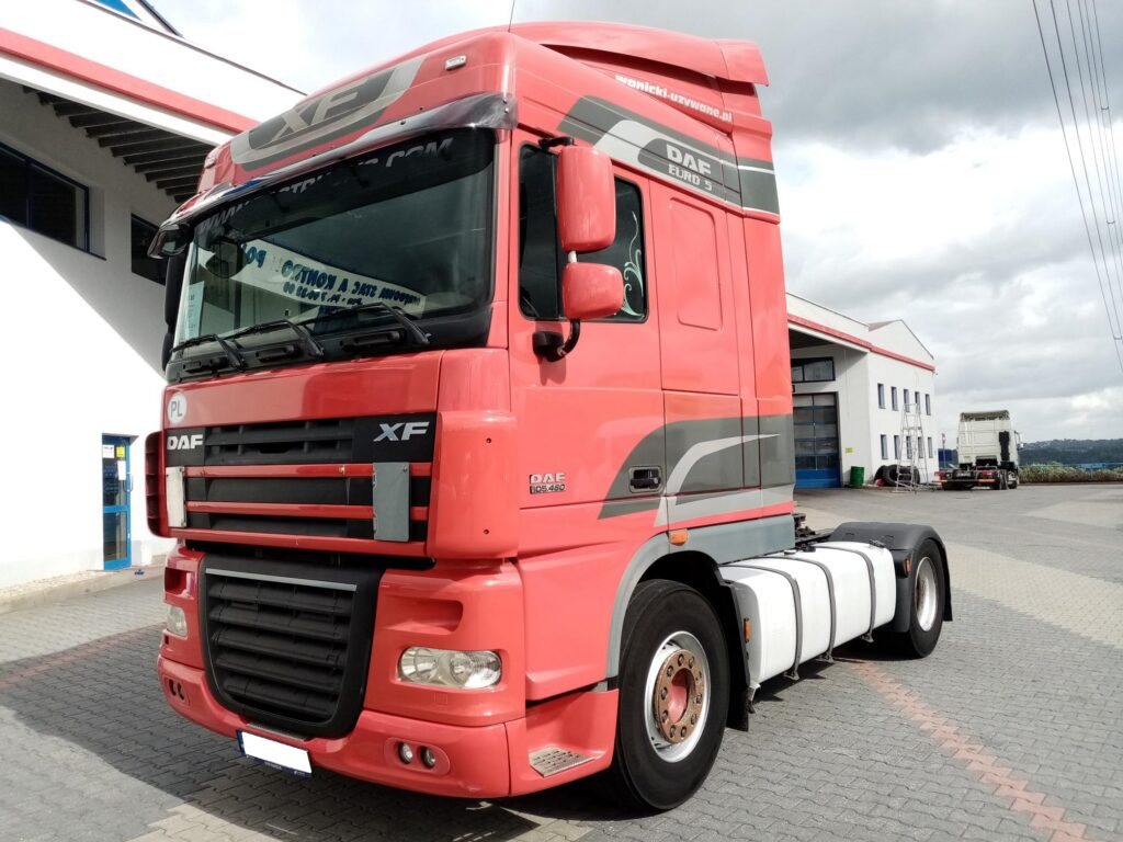 DAF XF 105.460 FT STANDARD SPACE CAB
